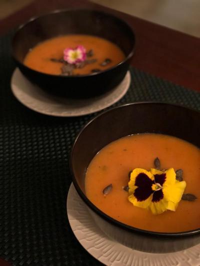Sopa de tomate assados com mandioca
