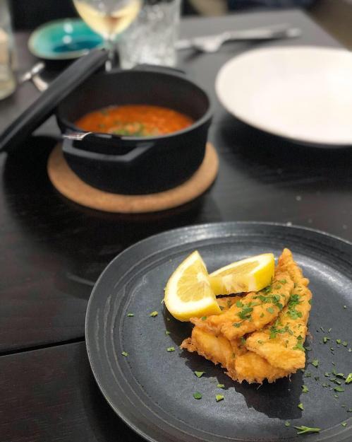 Filetes de Peixe Galo com arroz de tomate